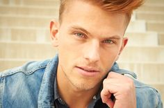 www.streulicht.at #male #model #photography #portrait #eyes #hair #jeans #fashion
