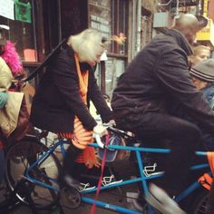 15 Amazing Acts Of Kindness During Sandy That Will Restore Your Faith In Humanity  Using a bike to power a generator for free cellphone charging! AMAZING