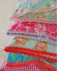 crochet edging by Ladybumblebee