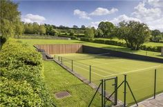 partly sunken tennis court