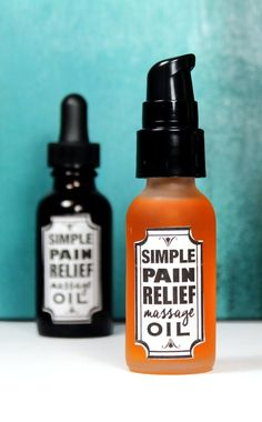 Learn how to make this simple 3-ingredient pain relief massage oil recipe to help relax tight muscles, soothe pain and reduce inflammation. This pain relief massage oil recipe is perfect for sore muscles and joints caused by exercise, arthritis and even conditions like fibromyalgia.