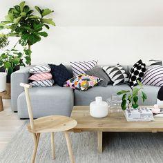 Search for interior design inspiration at Finnish Design Shop Marimekko, Scandinavian Living, Scandinavian Design, Design Shop, Retro Home Decor, Elle Decor, My Living Room, Soft Furnishings, Interior Design Inspiration