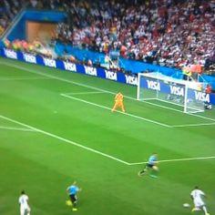 Goooool de Rooney 1-1  #ENGvsURU #WorldCup2014