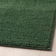 SPORUP Teppe, kort lugg - mørk grønn - IKEA Dark Green Rooms, Living Room Green, Living Room Carpet, Emerald Green Rug, Green Bathroom Rugs, Man 2, Natural Calm, Medium Rugs, Professional Carpet Cleaning