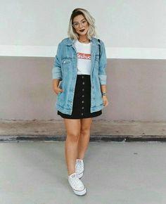 Jeito de Usar Jaqueta Jeans, Jeitos de Usar Jaqueta Jeans, looks com jaqueta jea. Curvy Girl Outfits, Plus Size Outfits, Trendy Outfits, Cool Outfits, Fashion Outfits, Jeans Fashion, Fashion Clothes, Big Girl Fashion, Curvy Fashion