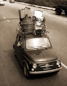 Italian Summers By Lisa Fiat Cinquecento, Fiat Abarth, Photo Vintage, Vintage Cars, Scooters Vespa, Automobile, Microcar, Fiat Cars, Fiat 600