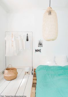 3 Things To Love {Cool Lighting} via Simply Grove