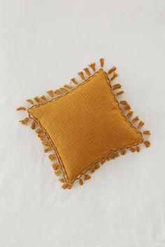 Body Pillow Throw Pillows Beach Pillows Turtle Neck Pillow Back Pillow Yellow Throw Pillows, Throw Pillows Bed, Bed Throws, Best Pillow, Perfect Pillow, Plain Cushions, Floor Cushions, Side Sleeper Pillow, Cricut