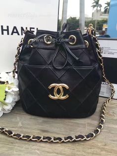 Buy Now, Chanel, Stuff To Buy, Bags, Fashion, Handbags, Moda, Fashion Styles, Taschen