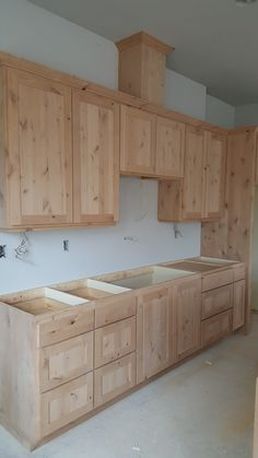 Are you remodeling your kitchen and need cheap DIY rustic kitchen cabinets with tin? We got you covered. Here are cabinet plans you can build easily. decor diy how to build Popular Rustic Kitchen Cabinets Design Ideas Diy Kitchen Cupboards, Kitchen Cupboard Designs, Kitchen Cabinet Styles, Diy Cabinets, Interior Design Kitchen, Kitchen Ideas, Building Kitchen Cabinets, Rustic Cabinets, Kitchen Cabinets Made Out Of Pallets