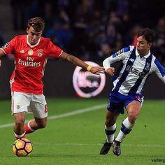 FC Porto 1 - 1 SL Benfica  10ª Jornada da Liga NOS :: 6 de Novembro de 2016 • facebook.com/valtergouveia.photos • www.valtergouveia.com • #valtergouveia #LigaNos #LPFP #SLB #SLBENFICA #Benfica #FCPvsSLB #estadiododragao #photooftheday #portugaldenorteasul #portugal #igerseurope #allshots #picoftheday #pics #photos #futebol #liganos #photojournalism #shooting #jornalismo #FPF #futebol #gettyimages #afpphoto #gettyimagessport #worldpressphoto