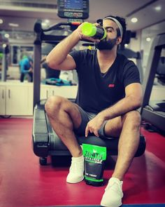Love yourself enough to live a healthy lifestyle. #zenithdoublerichchocolate #zenithmassgainer #zenithsports #zenithrawwhey #zenith #healthylifestyle #healthyfood #goodvibes #gymlife #gym #gymmotivation #gymworkout #fitlife #fitlifestyle #fitnessblogger #fitness #fitnesslife #fitnation Mass Gainer, High Calorie Meals, Sports Nutrition, Healthy Weight, Weight Gain, Gym Motivation, Gym Workouts, Healthy Lifestyle, Muscle