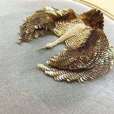 Crane Bird with Gold and White Sequins and Beads x - Her Crochet Zardozi Embroidery, Tambour Embroidery, Bird Embroidery, Couture Embroidery, Embroidery Motifs, Creative Embroidery, Machine Embroidery Applique, Embroidery Fashion, Hand Embroidery Designs