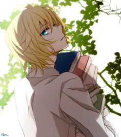 Help me with these books, Yuu-Chan~