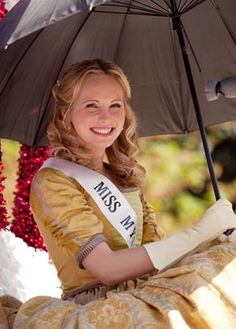 Candice Accola as Caroline Forbes in Vampire Diaries