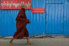 M O N K. Yangoon.