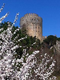 primavera al castello della conquista ottomana