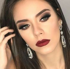 Vintage Makeup The matte lipsticks our readers are simply mad about - Makeup Trends, Makeup Inspo, Makeup Inspiration, Makeup Tips, Makeup Ideas, Makeup Case, Style Inspiration, Glam Makeup, Pretty Makeup