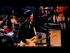 Johnny Marr plays How Soon Is Now by The Smiths - YouTube