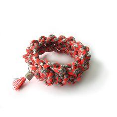 Sieraden van touw door Sarah Mesritz, touw gemaakt op de passementafdeling TextielLab