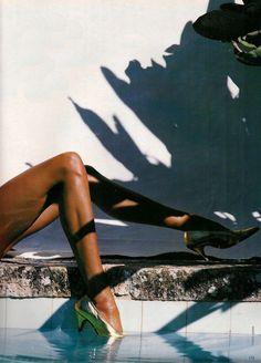 """Stop Look"" ELLE UK December 1989 Photographer : Tiziano Magni Model: Nadege du Bospertus Beach Editorial, Editorial Fashion, Pool Fashion, 90s Models, Female Models, Vogue, Body Poses, Tropical, Robert Mapplethorpe"