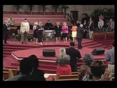 WE SHALL WEAR A ROBE & CROWN : JIMMY SWAGGART MINISTRIES - YouTube