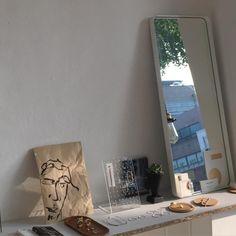 The Home Decor Guru – Interior Design For Bedrooms Interior Exterior, Home Interior Design, Interior Decorating, Country Interior, Interior Sketch, Nordic Interior, Interior Stairs, Interior Livingroom, Interior Plants