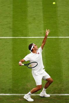 Tennis Photography, Tennis Serve, Professional Tennis Players, Sport Tennis, Roger Federer, Tennis Racket, Sports, Goat, Smartphone