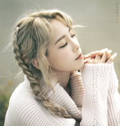 Taeyeon 'I' Polaroid by Dabeztt #4 https://twitter.com/kimtaeyeonews/status/672308146006700032