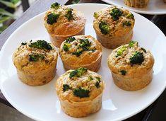 Briose cu broccoli, nuca si parmezan- pentru mese festive