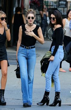 KenGi& Best Twinning Moments Kendall Jenner Gigi Hadid matching style tricks and favourite outfits, picked by Miss Vogue Kendall Jenner Outfits, Kendall Jenner Gigi Hadid, Gigi Hadid Outfits, Gigi Hadid Jeans, Kylie Jenner, Look Fashion, Fashion Outfits, Womens Fashion, Cheap Fashion