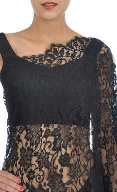 Black French Chantilly Lace Saree With Crepe-Tissue Blouse