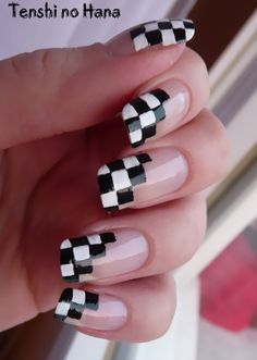 Checkerboard diagonal french tips