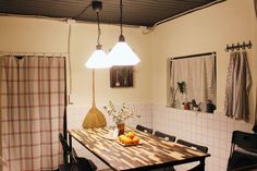 산책하기 좋은 동네 게스트하우스 - Gujwa-eup, Jeju-si의 게스트하우스에서 살아보기, 제주도, 한국 Ceiling Lights, Drawings, Interior, Room, Life, Home Decor, Style, Bedroom, Swag