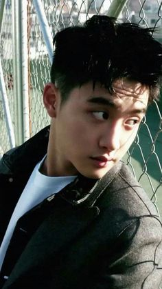 kyungsoo is a fucking god *sipping tea from a bowl* Kyungsoo, Park Chanyeol, Exo Ot12, Kaisoo, Exo Korean, Exo Do, Do Kyung Soo, Kim Junmyeon, Exo Members
