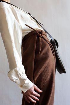 Pants in wool FALL 2016 Masha Andrianova Picture Olya Ivanova Bag Moobags