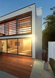 Solárne senzorové osvetlenie Solarcentre Evo SMD - Solárne osvetlenie   SolarBunny.eu Evo, Garage Doors, Outdoor Decor, Home Decor, Decoration Home, Room Decor, Home Interior Design, Carriage Doors, Home Decoration