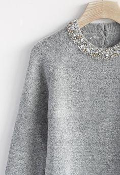 Jewelry Neckline Sweater in Grey//