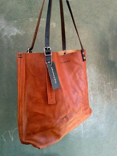 Ready to ship Italian leather bag / Carryall tote / by RueDePapier