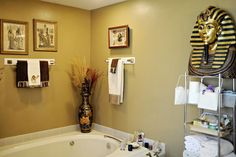 "Toni Guagenti had amassed plenty of Egyptian decor and accessories for her ""before"" master bathroom but she felt a new paint job was really needed to tie the theme together."