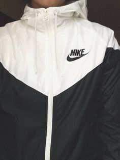 sweater jacket black and white nike nike jacket workout windbreaker nike windbreaker Sport Outfit, Sport Wear, Sweatshirt Outfit, Athletic Outfits, Athletic Wear, Athletic Clothes, Nike Clothes, Athletic Shoes, Nike Outfits