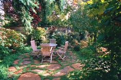 unpolished life: Natural stone paths and flagstone patios