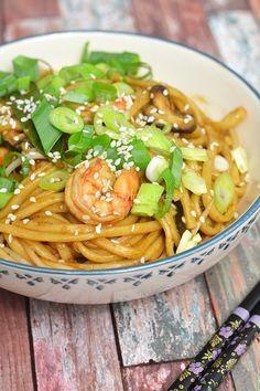 Hoisin Udon Noedels met Gamba's #Udon_Noodles