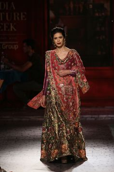 Wedding Show Archives Vogue Wedding, Vogue India, Indian Suits, Wedding Show, Indian Couture, Delhi India, Couture Week, Bridal Collection, Lehenga