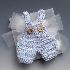 Luty Artes Crochet: Encontrei estas lembrancinhas para chá de bebê muito lindas......Amei!!!!