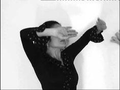 ARMONIA, como mover las manos en flamenco - YouTube Spanish Fashion, Ballet, Dance Videos, Tango, Youtube, Gypsy, Beauty, Berlin, Spain