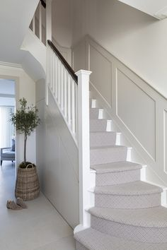 Barnes from a classic contemporary interior in London. The complete renovation and furnishing of a townhouse in Barnes. Carpet Staircase, House Staircase, Staircase Design, Staircase Landing, Entrance Hall Decor, House Entrance, Entryway Decor, Foyer, Interior Design Gallery