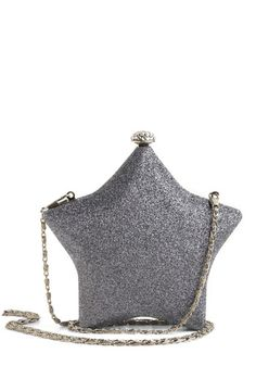 I thoroughly enjoy this clutch, little star at your side all night - how perfect :)
