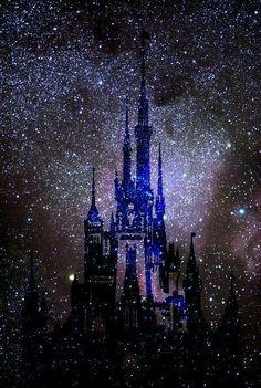 29 new ideas for wall paper disney cinderella art prints Disney Magic, Disney Art, Disney Canvas, Walt Disney, Disney Throw Pillows, Mini E, Cinderella Art, Disney Frames, Fantasy Castle