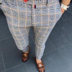 Men's Casual Elastic Waist Printed Pencil Pants - Men's style, accessories, mens fashion trends 2020 Mens Fashion Suits, Fashion Pants, Men's Fashion, Fashion Ideas, Fashion Trends, Checked Suit, Plaid Pants, Men's Pants, Dress Pants